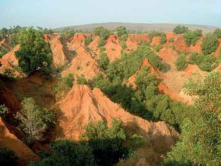 red-mud-hills
