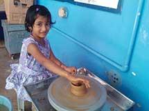 girl-doing-pots