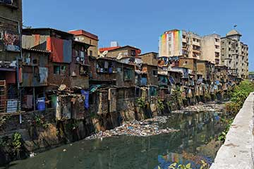 Mumbai_Dharavi-near-Mahim-Junction