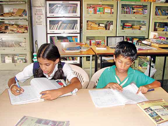 students-in-library