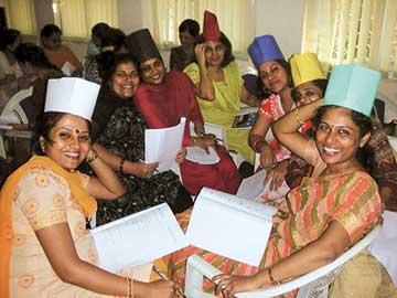 6-thinking-hats-at-Navy-School