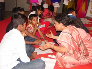 Manaswini explaining the story writing activity